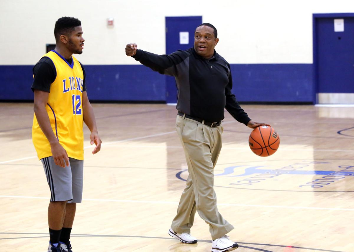 Lighthouse basketball coach Marvin Rea killed in auto accident