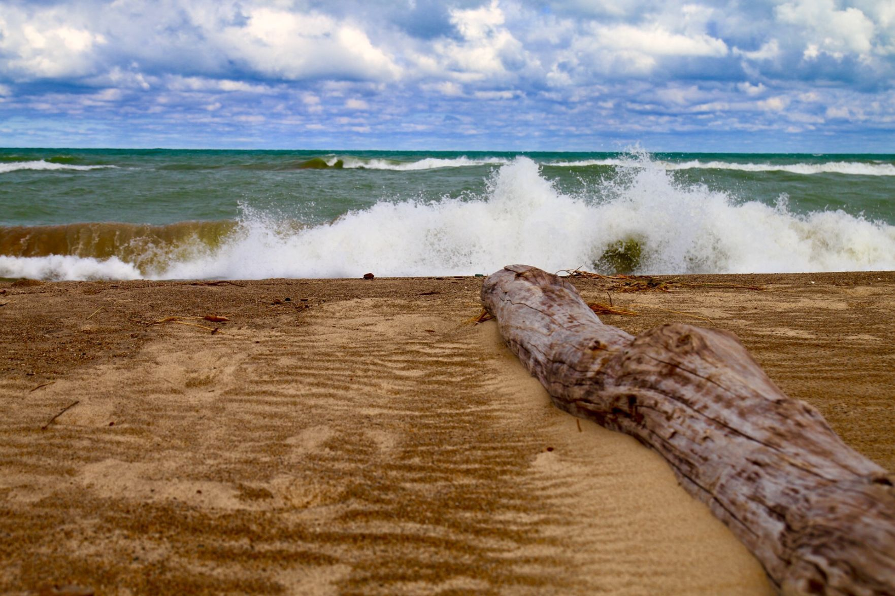 Hazardous beach conditions along Lake Erie