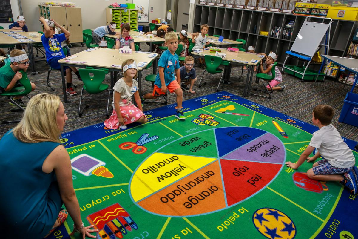 Parkview parents continue push to retain Valparaiso dual language program