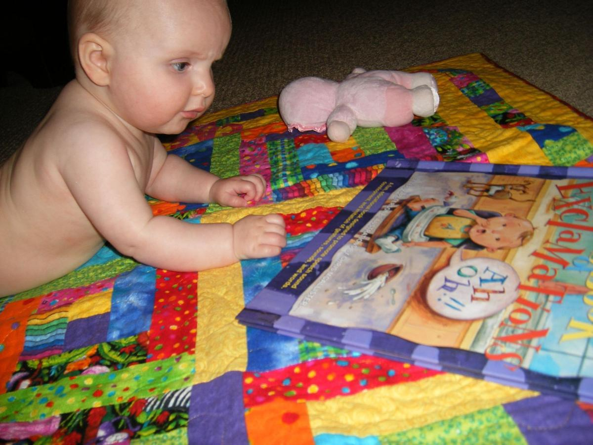 Pediatricians, speech specialists discuss importance of reading to kids even before birth