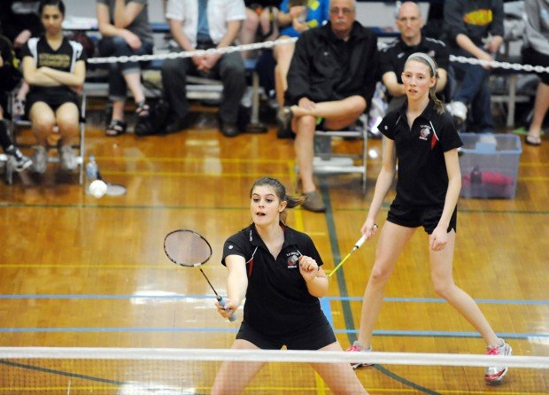 T.F South badminton doubles smash competition at state ...