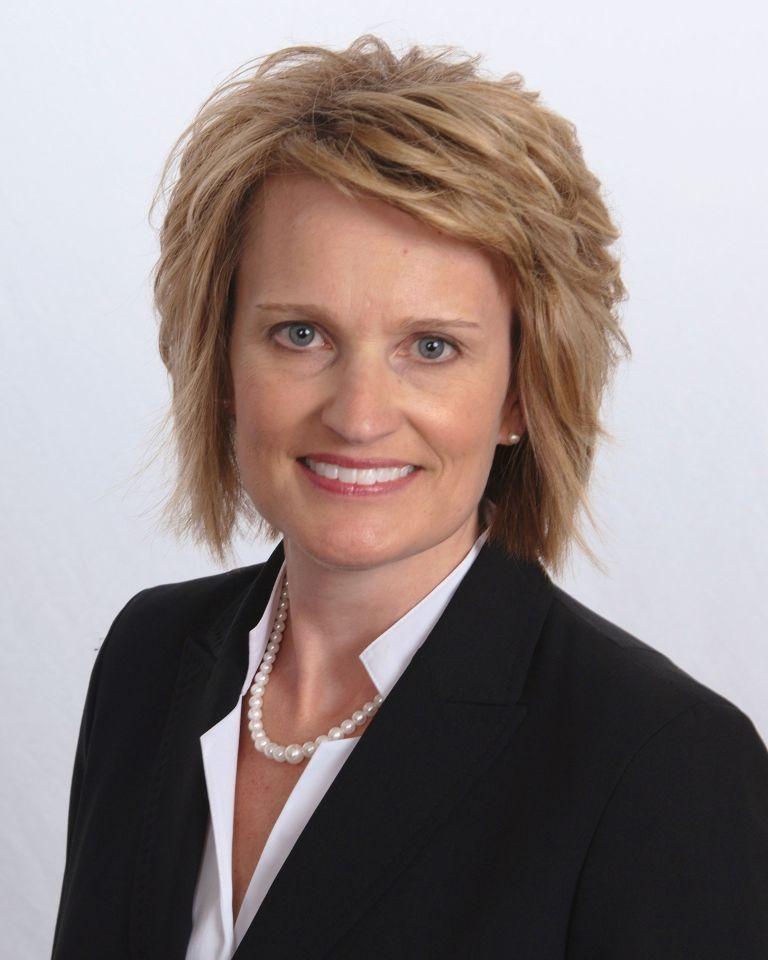 Dr. Julie Daftari