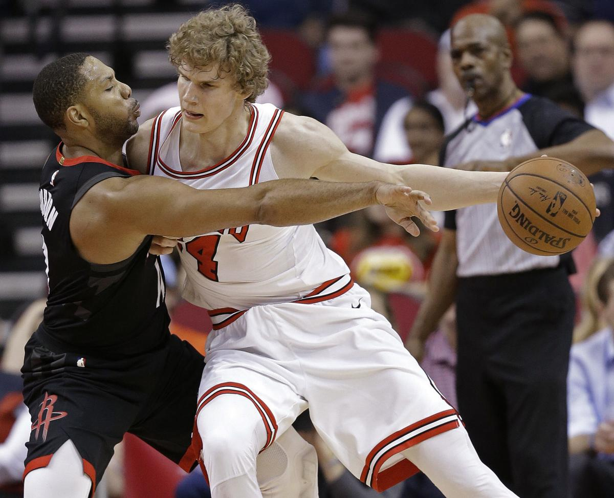 Bulls Rockets Basketball (copy)
