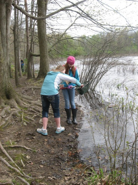Discovery Charter School visits Howell Nature Center