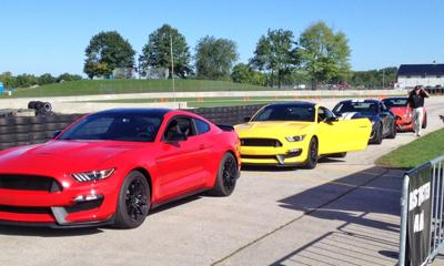 2016 Ford Shelby: Shelby tracks power driven GT350