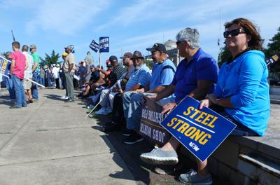 USW workers 'overwhelmingly ratify' new contract with U.S. Steel