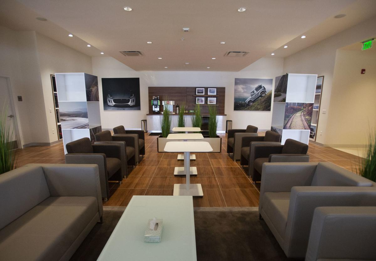 New Jaguar Land Rover dealership opens