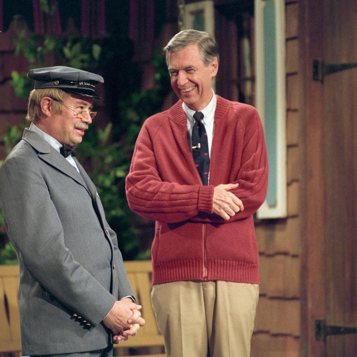 Review Fred Rogers Doc A Beautiful Day In The Neighborhood Entertainment Nwitimes Com