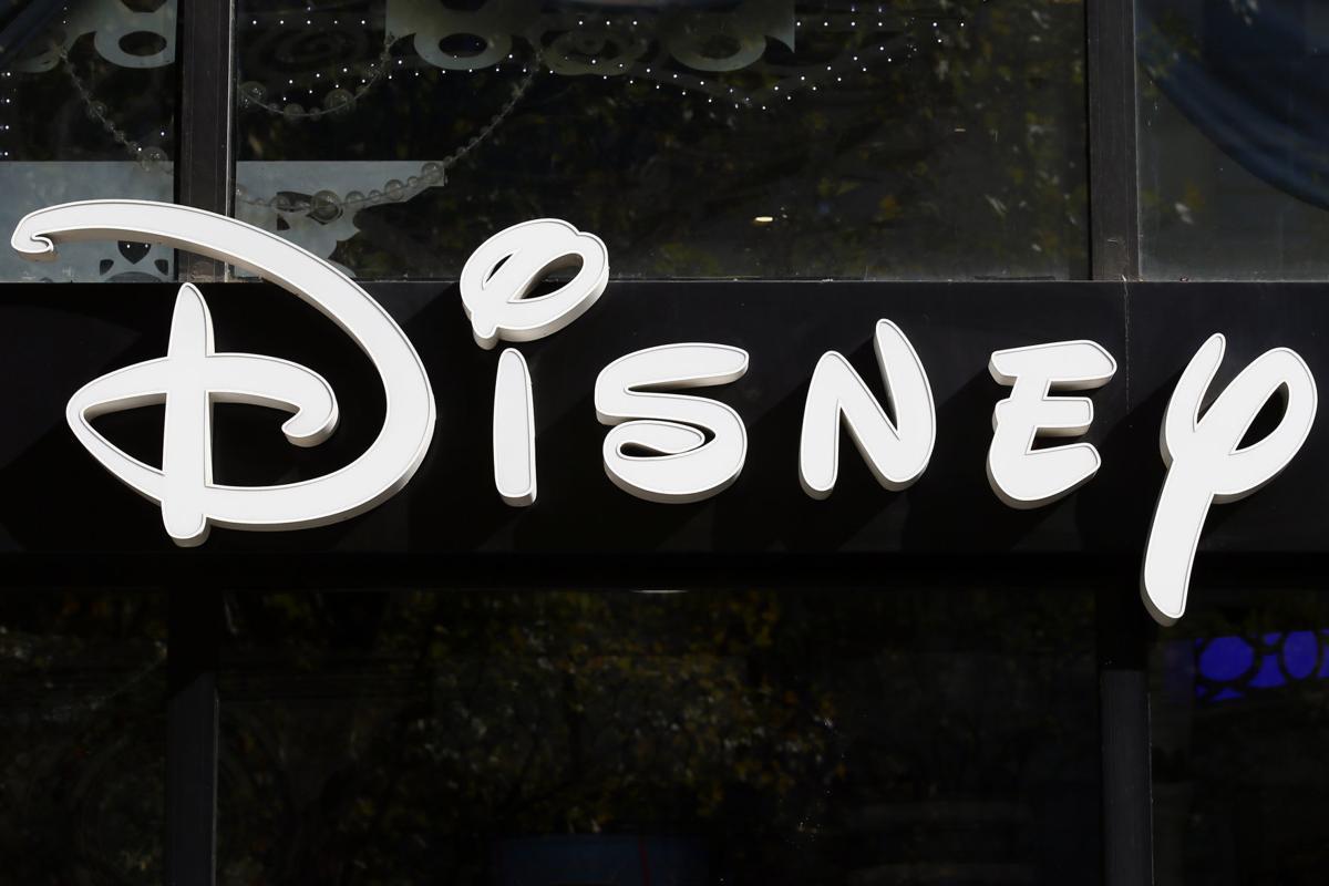 Earns Disney