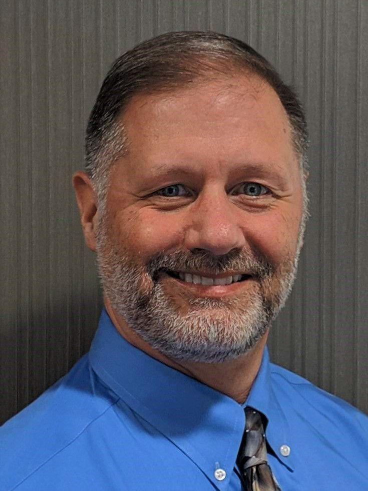 Frankfort extends contract of village administrator, names assistant