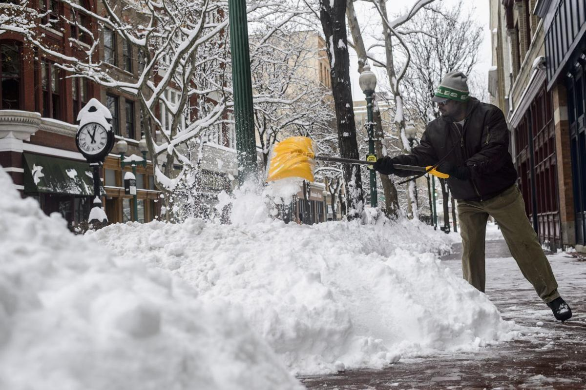 UPDATE: Blizzard brings much of East Coast to a standstill