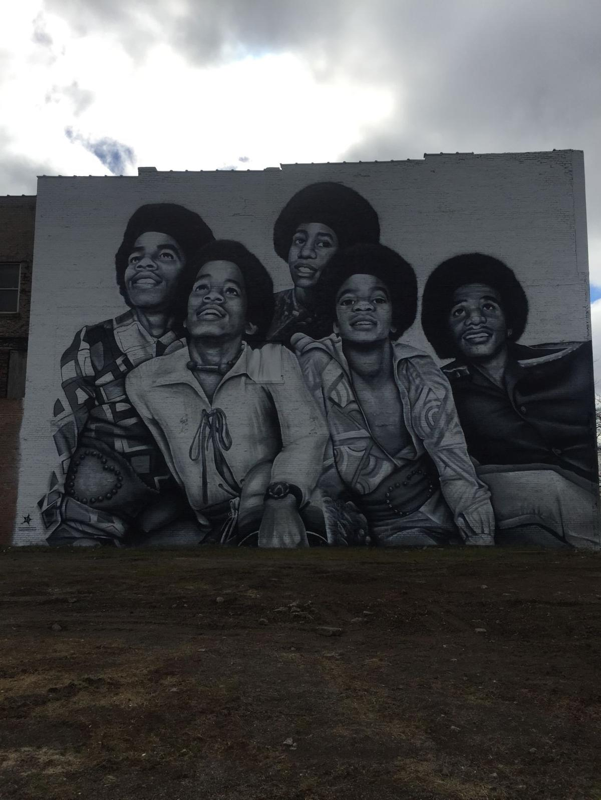 Four story jackson 5 mural towers in downtown gary 219 for Jackson 5 mural