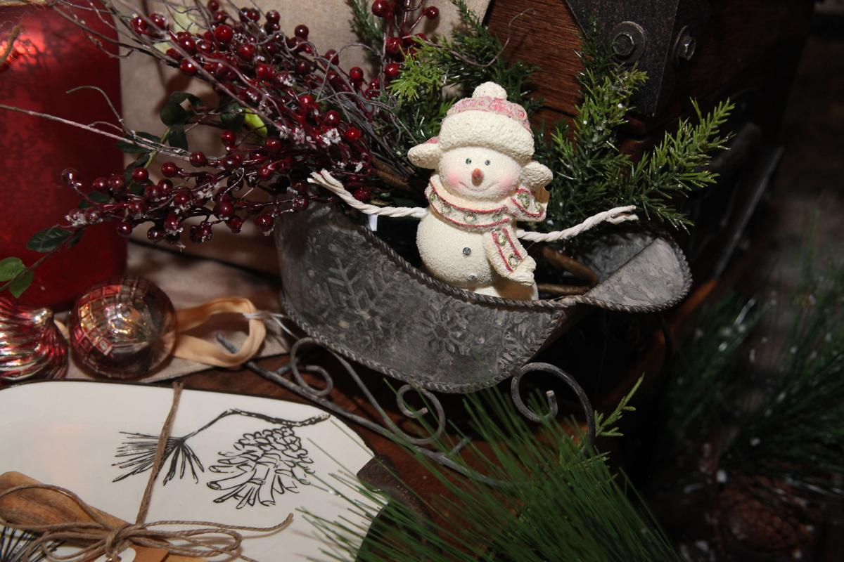 Local experts reveal this year's trends in holiday décor