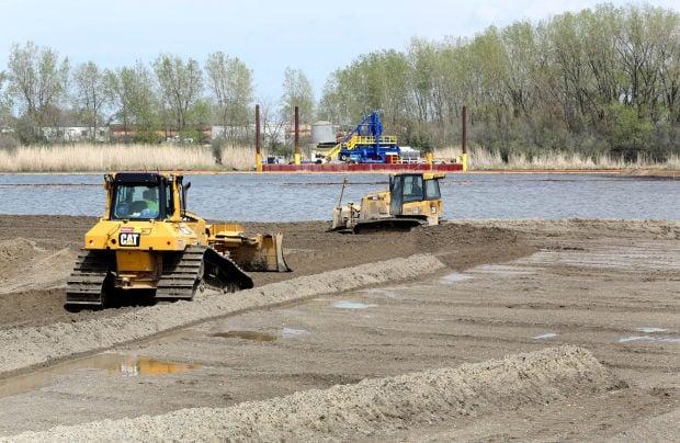 Feds tout environmental progress, economic potential on Grand Cal River