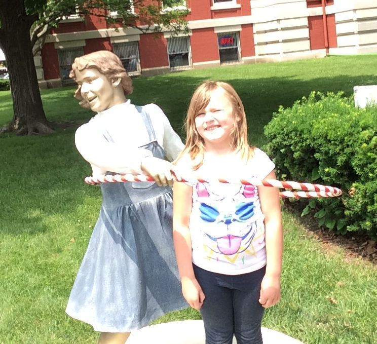 Sculptures creating quite the buzz in Crown Point