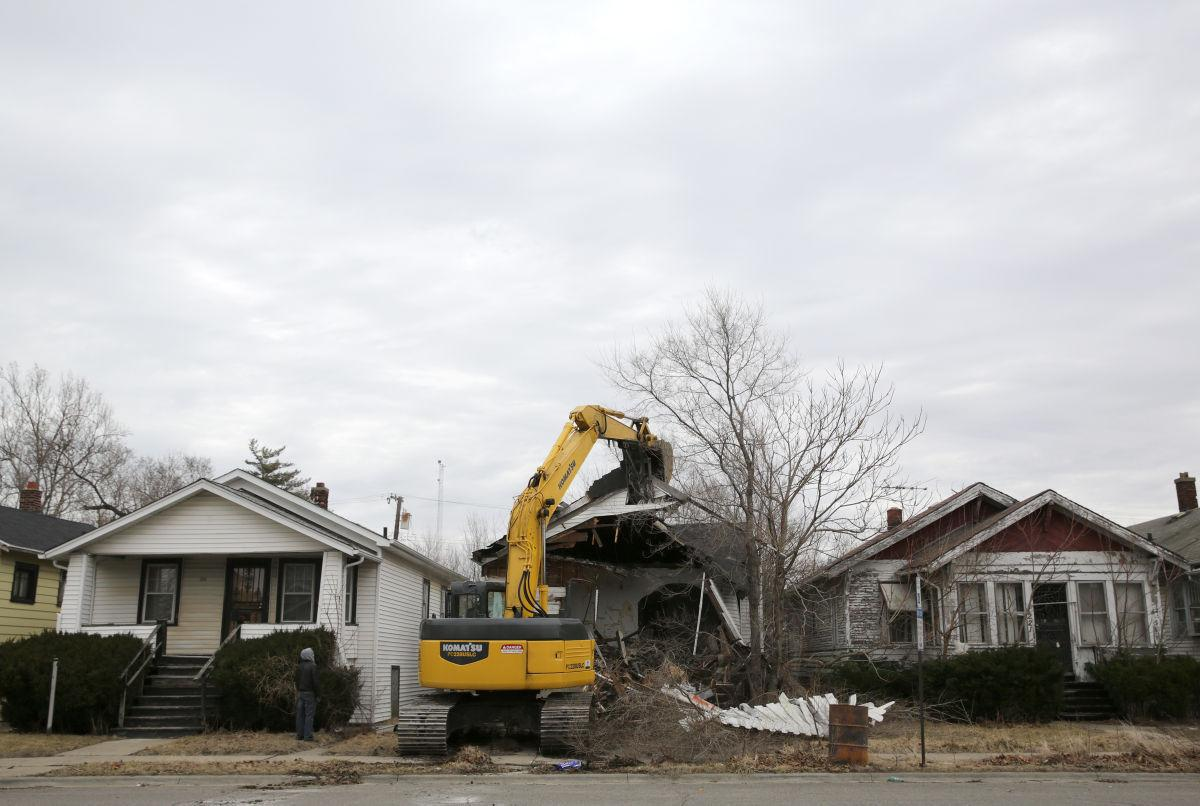 Demolitions of abandoned homes in Gary