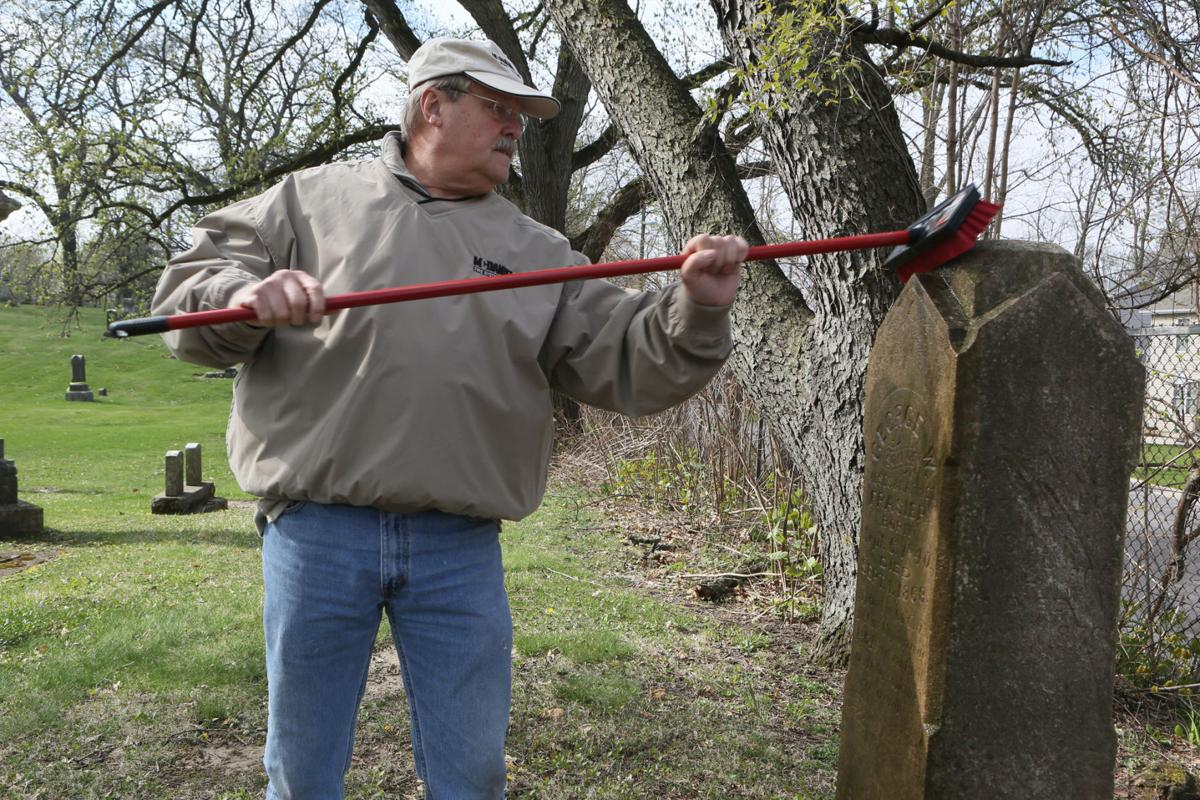 David Porter Camp of Sons of Union Veterans will begin work cleaning up graves of Civil War Veterans.
