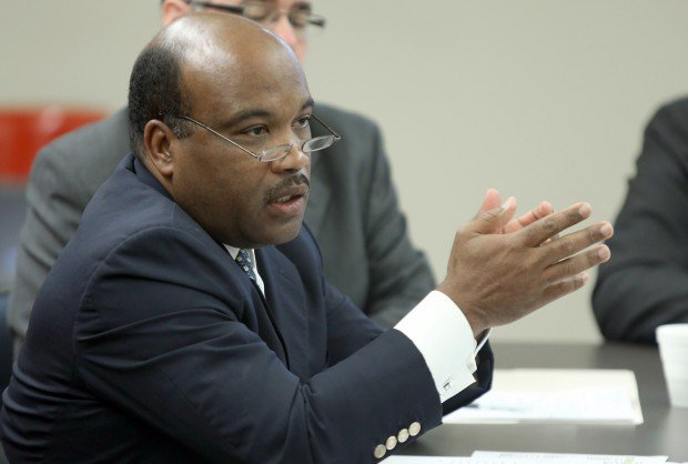 One Gary contract ends for former Indy airport CEO