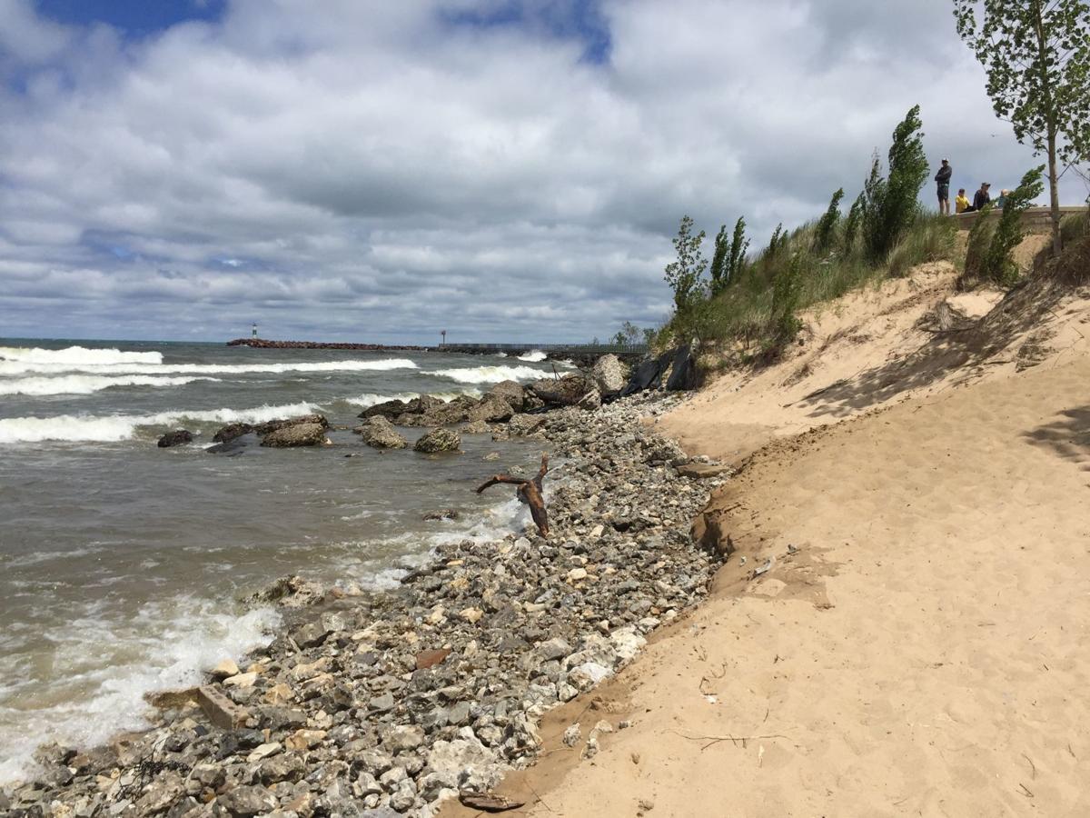 Erosion continues to batter Ogden Dunes, Portage shores