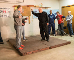 Disposable Theatre improv aims for laughs at show this weekend in Valpo