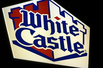 White Castle burger chain considers alcohol sales
