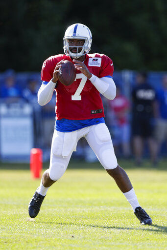 Brissett takes advantage of Luck's absence to impress Colts