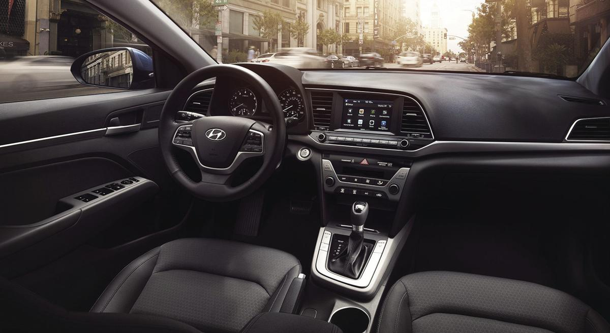 Hyundai Elantra offers smooth ride, value-oriented pricing