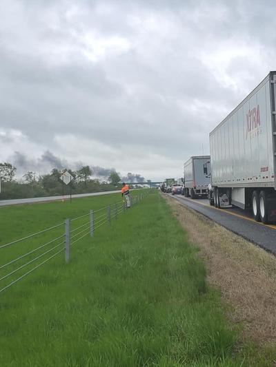 Update: Right lane of I-65 in area of Fair Oaks truck fire
