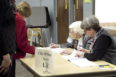(file pic of poll workers)