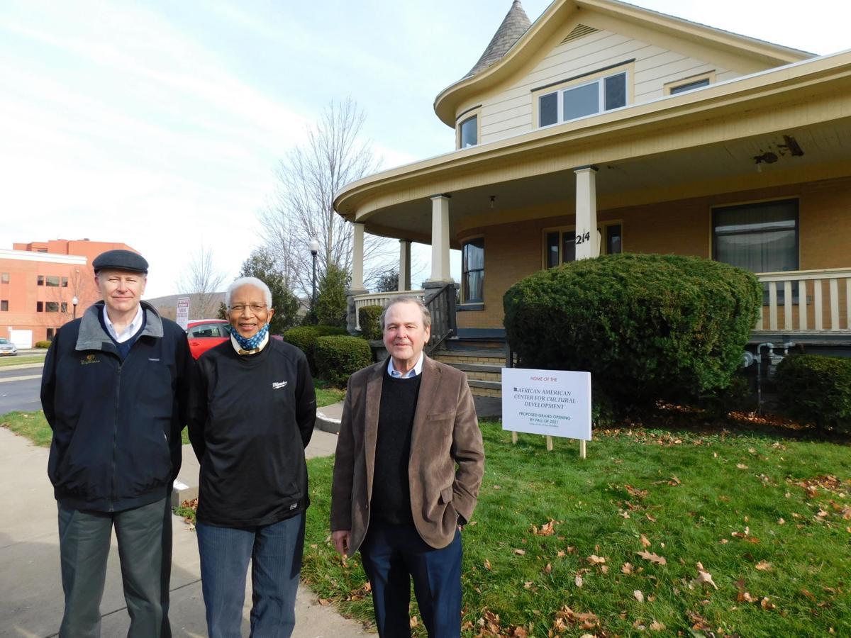 Community Bank donates