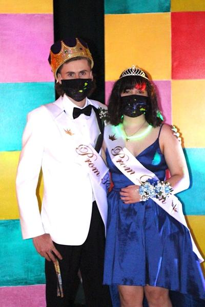 Archbishop Walsh prom king and queen