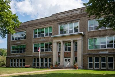 Boardmanville school