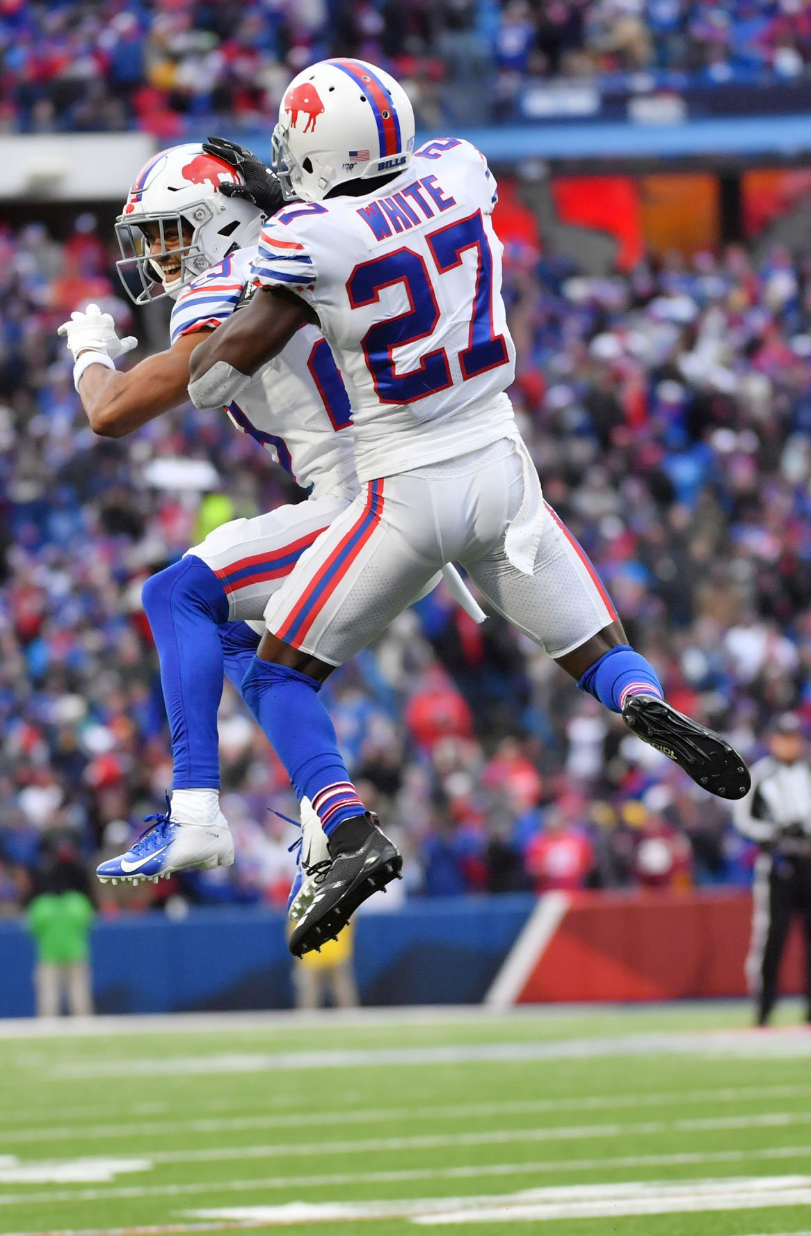 Bills improve to 6-2, off to best start since 1993