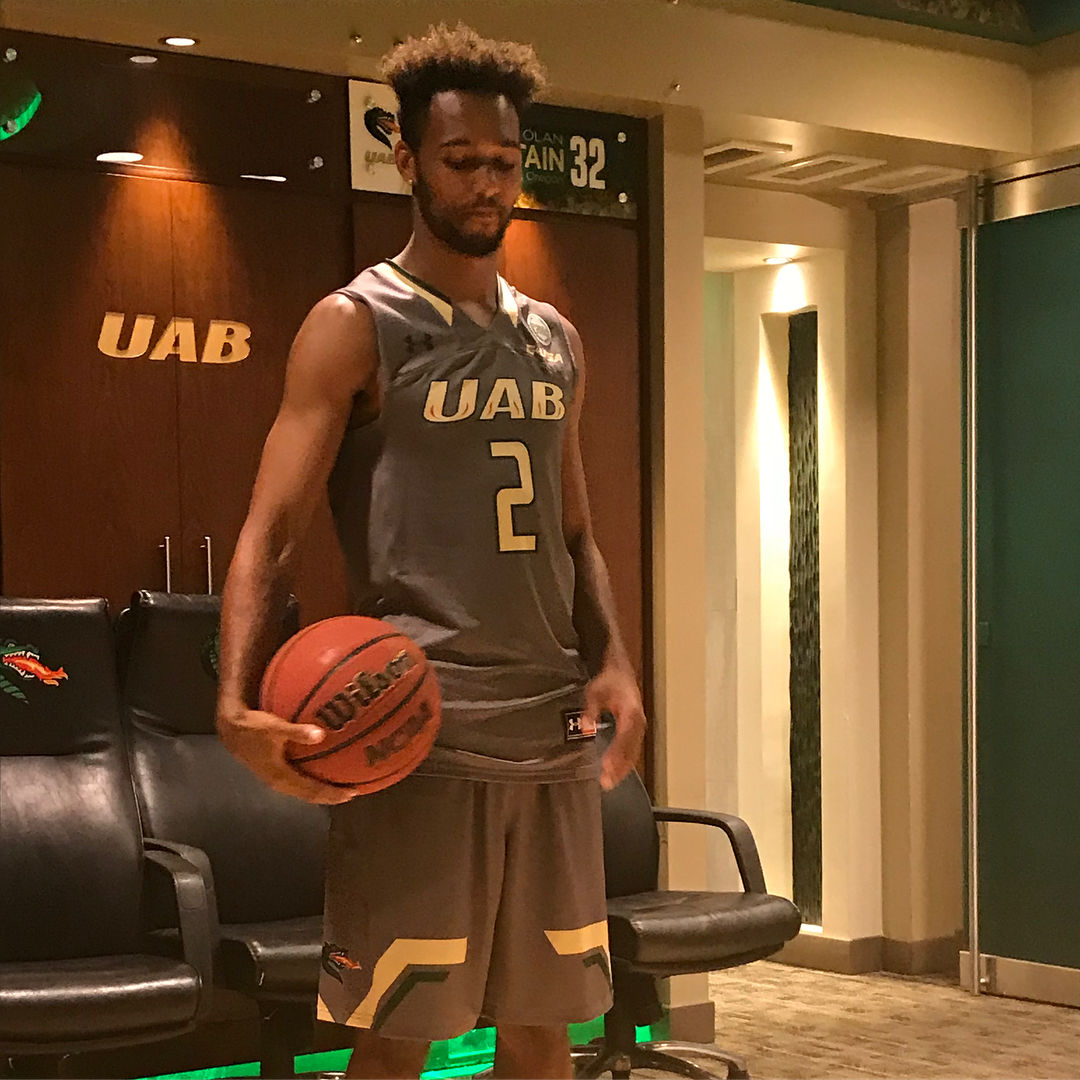 Wil Bathurst to play at UAB