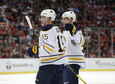 Eichel Led Sabres Beat Red Wings 2 1 On Power Play Goals Sports