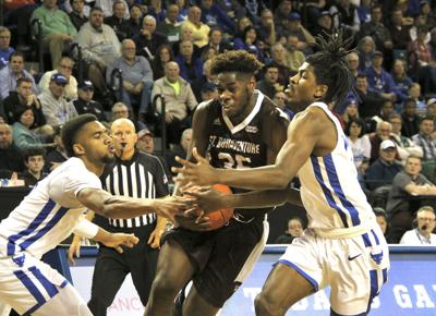Buffalo basketball team gets probation for forged ...