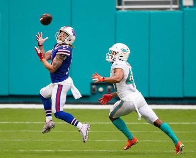 Bills top Dolphins