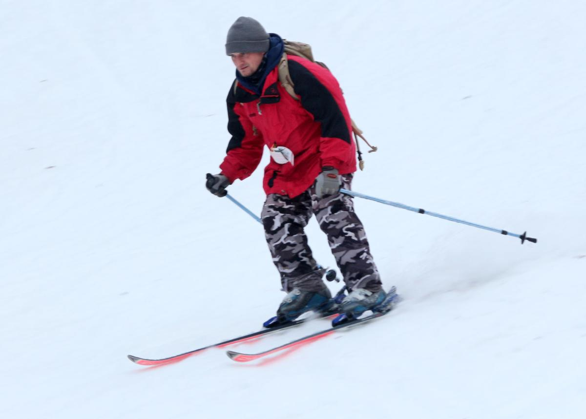Holiday Valley defies warm weather, rain to maintain snowcover