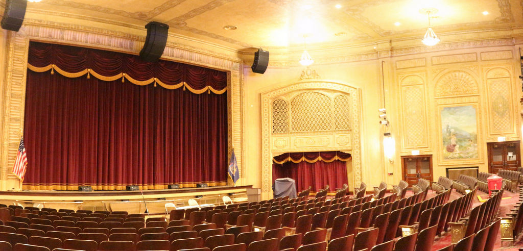Public to get a peek at Gowanda's Historic Hollywood Theater April 19