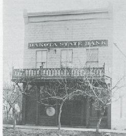 The building where Dakota State Bank was established in 1908.