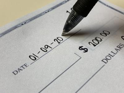 Are you writing out the full year when dating legal documents and checks?