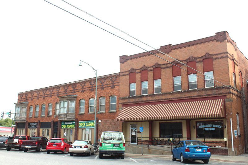 Facade project improving city's appearance