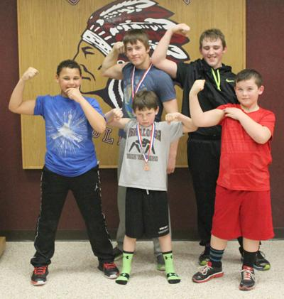 Oskaloosa Youth Wrestling Club advances 5 to AAU Kids State