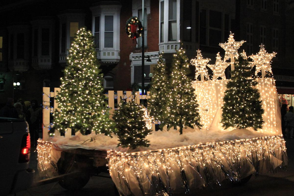 Lighted Christmas Parade to be \'Old Fashioned Oskaloosa Christmas ...