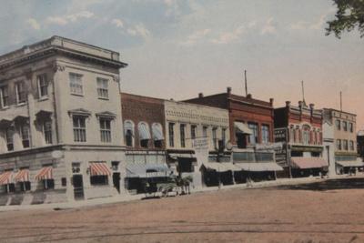 West side of Osky Square postcard