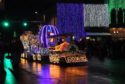 Oskaloosa Christmas Parade 2020 Lighted Christmas Parade awards announced | Local News | oskaloosa.com