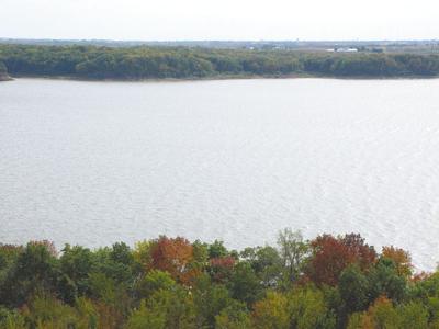 Lake Red Rock