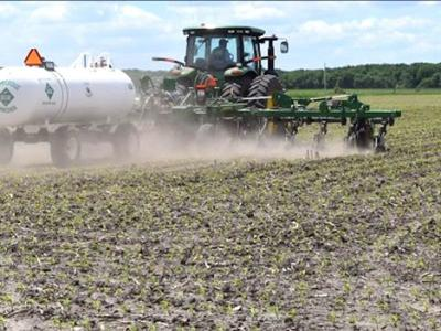 Land value experts predict modest declines, stable crop prices