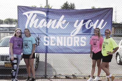 Oswego tennis seniors