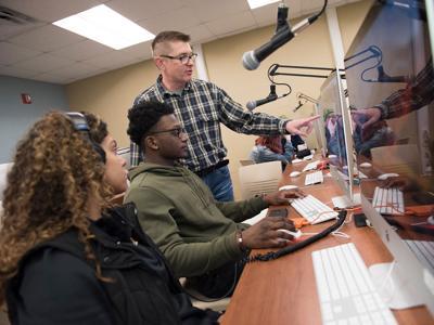 SUNY Oswego ranked among top ten public schools in north by U.S. News